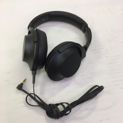 h.ear on MDR-100A